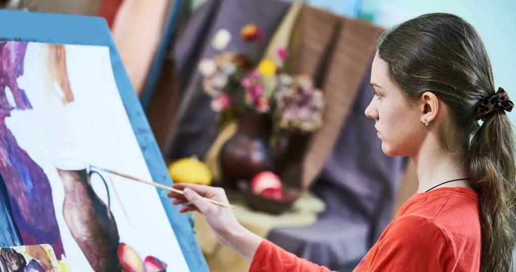 不同专业的美术生理想与现实的就业差别!看了以后别哭出声!